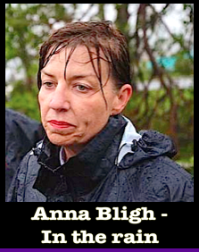 anna-bligh-in-the-rain-f